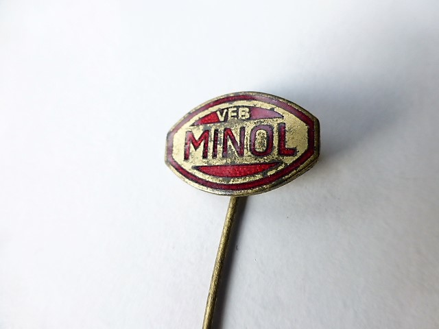 VEB Minol DDR Abzeichen badge