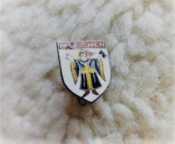 München Abzeichen badge pin
